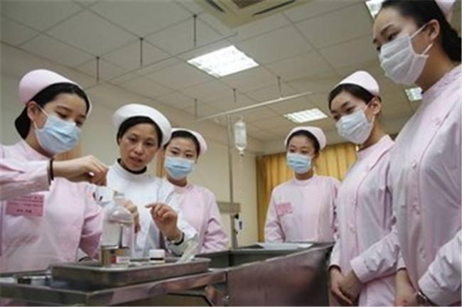 成都卫校护理专业是做什么的