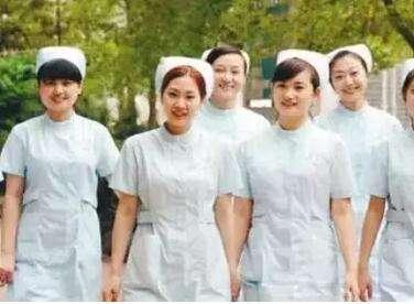 四川省人民医院护士学校2018年有哪些专业