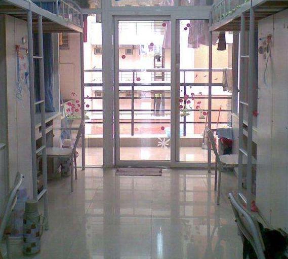 四川省人民医院护士学校宿舍条件