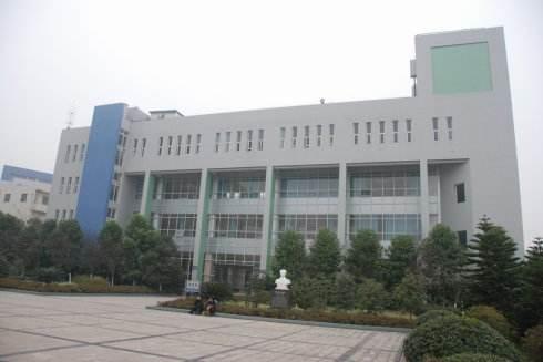 重庆医药科技学校2018年网站网址