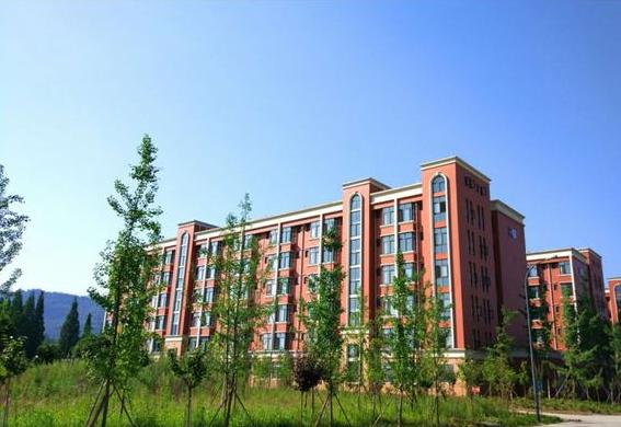 乐山医药科技学校成都校区2019年招生办联系电话