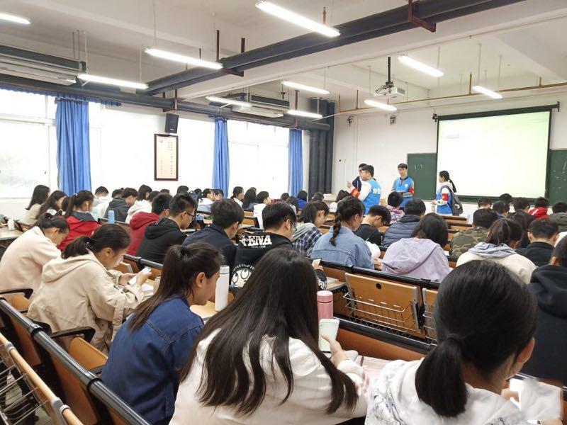 广西中医药大学赛恩斯新医药学院2019年报名条件、招生对象