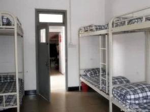 四川大学附设华西卫生学校宿舍条件