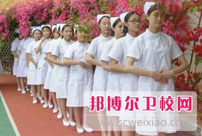 四川初中毕业上卫校需要几年