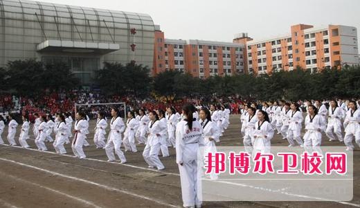 四川初中毕业生读哪个卫校