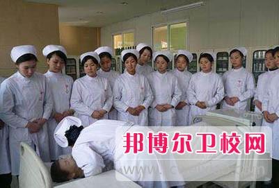 22岁女生还可以读广东卫校吗