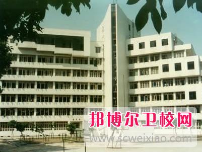 重庆的卫校毕业后能当医师吗