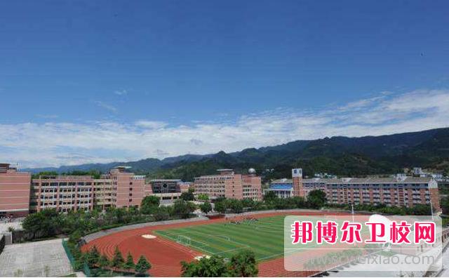 重庆2020年初中生可以去卫校吗