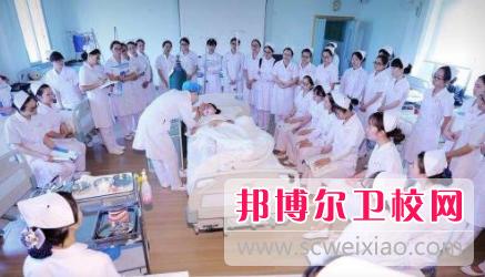 重庆2021年卫校什么专业适合女生