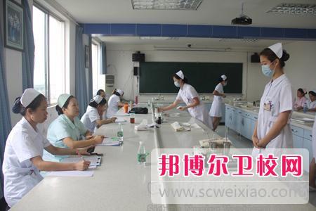 四川2020年初中生可以考什么卫校