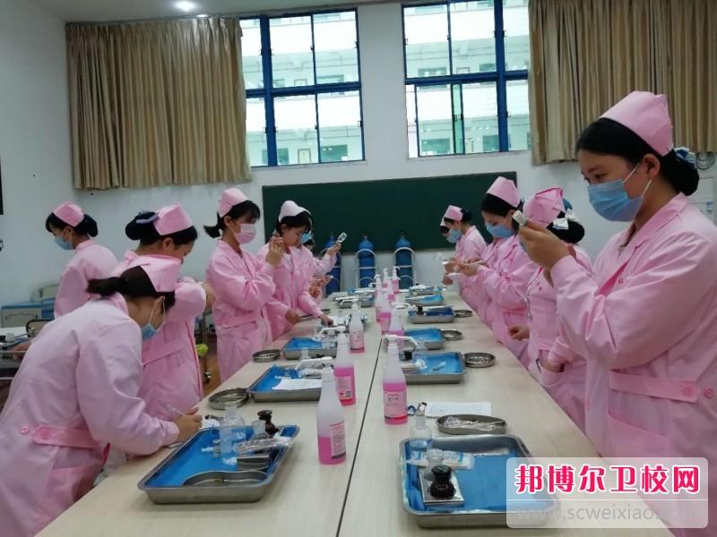 重庆沙坪坝区2021年读卫校学什么好