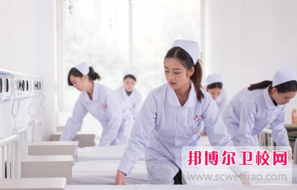 黄冈2020年女生可以读卫校吗