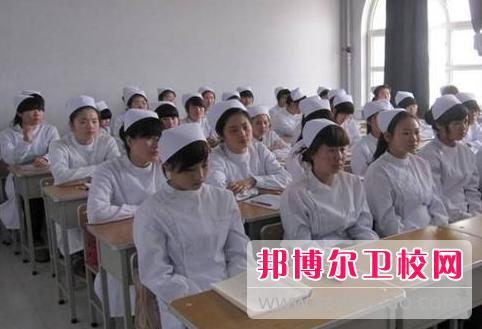 宜昌2020年卫校有男生吗