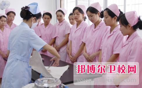 宜昌2020年女生读什么卫校