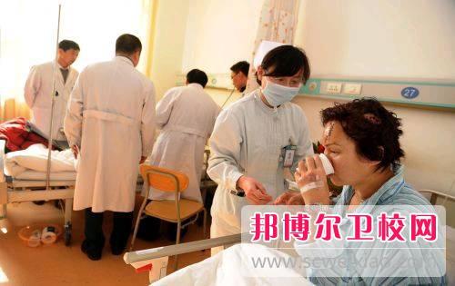 惠州2021年女生上卫校学什么好