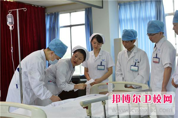 惠州2021年男生上卫校学什么专业好
