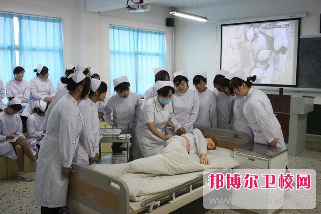 广西2021年有哪些有卫校的大专院校