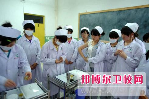 德阳2021年女生学卫校好吗