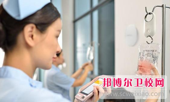 温州2021年女生学卫校好找工作吗