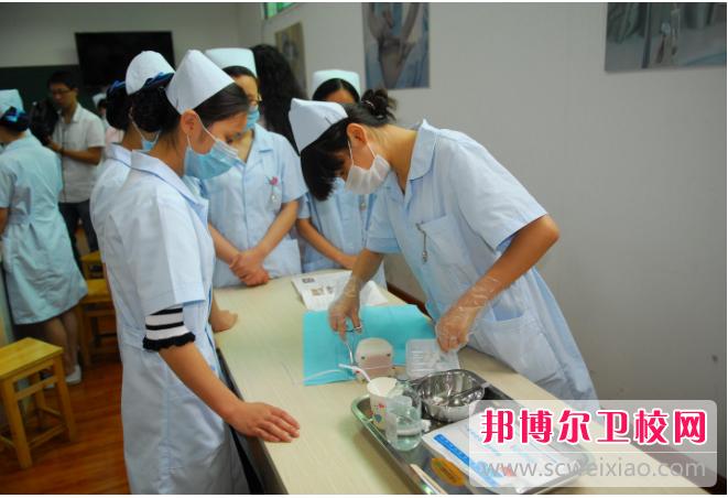 陕西2022年中专卫校可以考大专吗